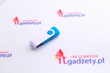 Turkusowy pendrive twister, 4GB